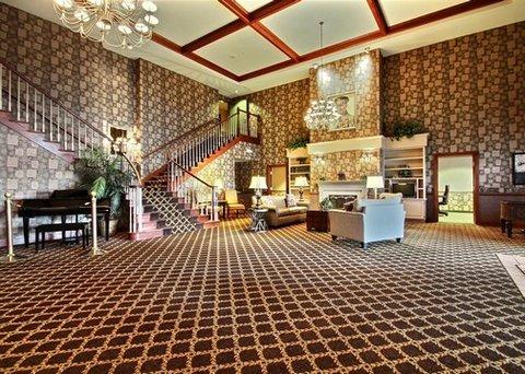 фото Comfort Suites Milwaukee Airport 488124381