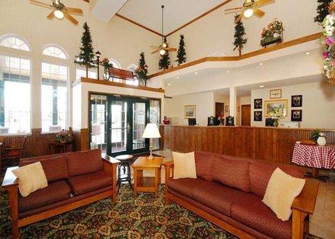фото Comfort Inn Marshall Station 488124497