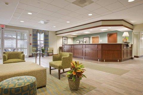 фото Hampton Inn & Suites Providence-Warwick Airport 488125882
