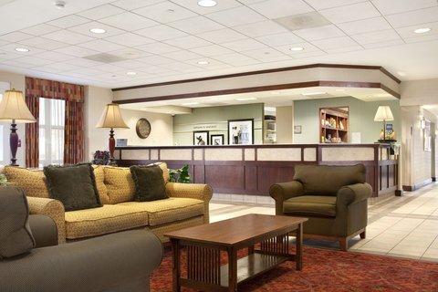 фото Hampton Inn & Suites Providence-Warwick Airport 488125887