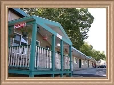 фото Budget Inn North Kingstown 488128287