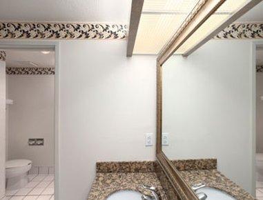 фото Magnuson Hotel Naples 488130512