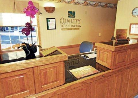 фото Quality Inn & Suites Bremerton 488134340
