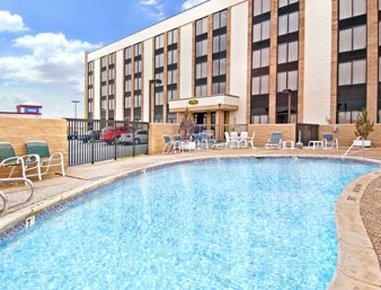 фото Days Inn Amarillo East 488136519