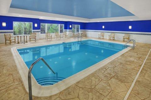 фото Hampton Inn & Suites Yonkers 488141589
