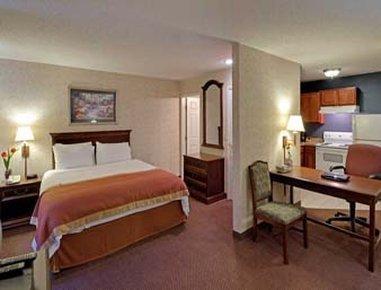 фото Hawthorn Suites by Wyndham Cincinnati 488144021