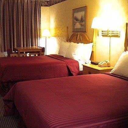 фото Magnuson Hotel Heritage Inn 488145819