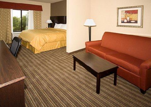 фото Comfort Suites Portland 488145925