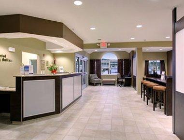 фото Microtel Inn & Suites Prairie Du Chien 488146248