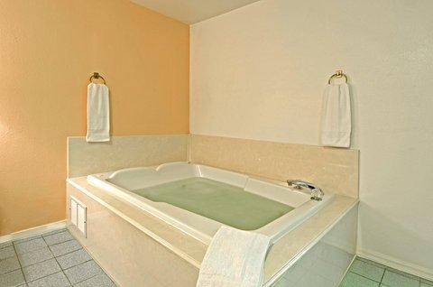 фото Americas Best Value Inn 488146591