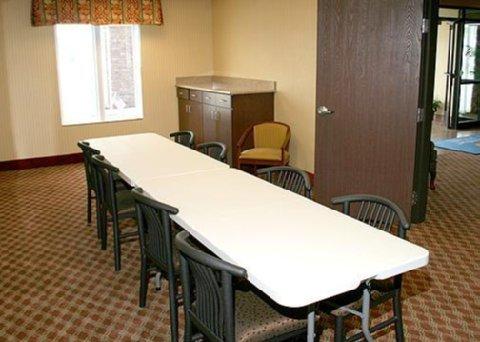 фото Comfort Inn & Suites Harrisonville 488148248