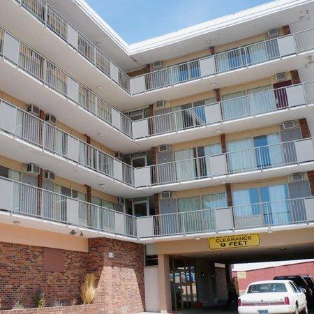 фото Central Plaza Hotel Cheyenne 488151132