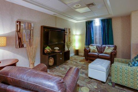 фото Holiday Inn Express Hotel & Suites Brattleboro 488151705