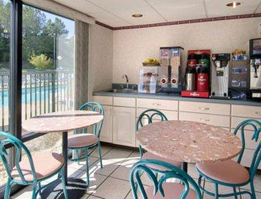 фото Quality Inn Sanford 488152763