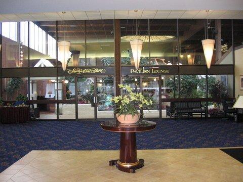 фото Holiday Inn Boxborough Woods 488153815