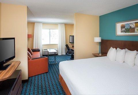 фото Fairfield Inn by Marriott Terre Haute 488153937