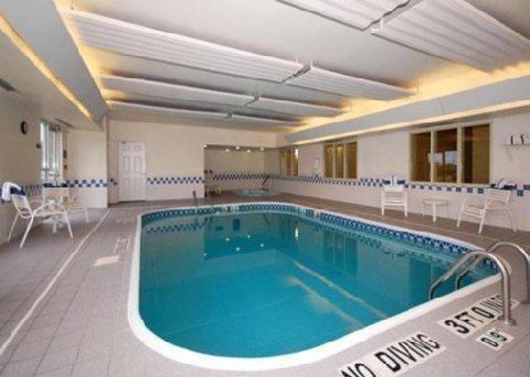 фото Comfort Suites Normal 488155754