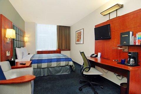 фото Central Loop Hotel 488156556
