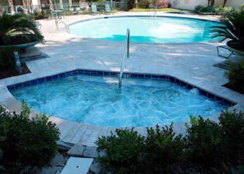 фото Econo Lodge Inn & Suites Foley 488157136