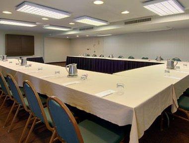 фото Ramada Conference Center of Lexington 488157837