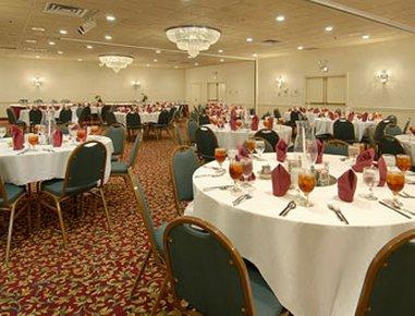 фото Ramada Conference Center of Lexington 488157838