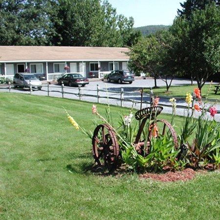 фото Lyn Aire Motel - Lake George 488159515