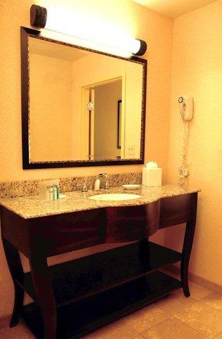 фото Hampton Inn & Suites Detroit/Chesterfield 488160319