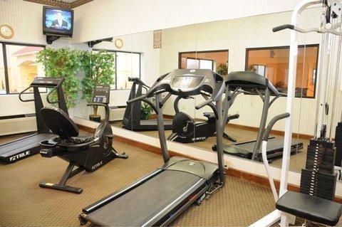 фото Best Western Inn & Suites of Macon 488162734