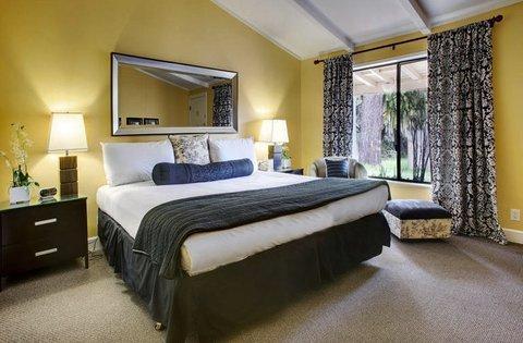 фото Sea Breeze Lodge 488164313