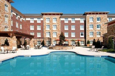 фото Homewood Suites by Hilton Denton 488165722