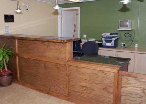фото Rodeway Inn Pueblo 488166079