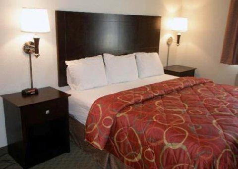 фото Sleep Inn & Suites 488166864