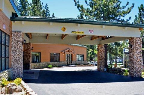 фото Best Western Plus High Sierra Hotel 488167798