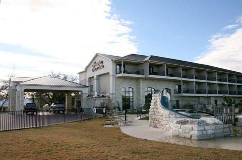 фото Hampton Inn & Suites Fredericksburg 488169267