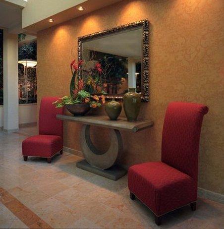 фото University Plaza Hotel 488170621