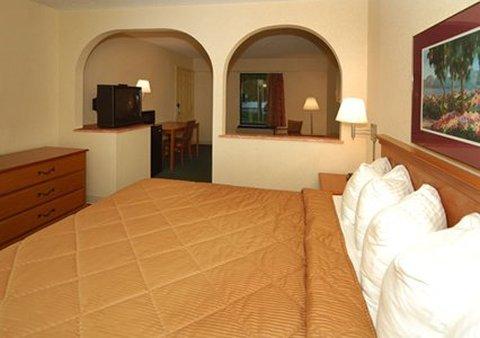 фото Comfort Inn Oakwood 488171190