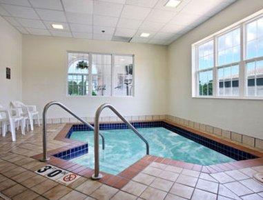 фото Microtel Inn and Suites by Wyndham Appleton 488173123
