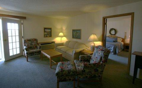 фото Best Western Quiet House & Suites 488174282