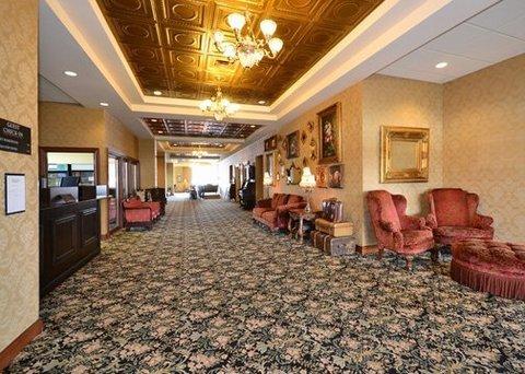 фото Shoreline Inn And Suites 488176441