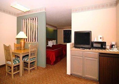 фото Comfort Suites Taos 488177339