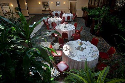 фото Holiday Inn Tewksbury Andover 488178034