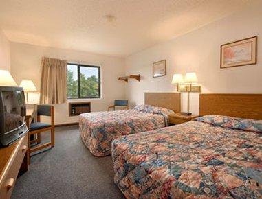 фото Super 8 Motel Oskaloosa 488179983