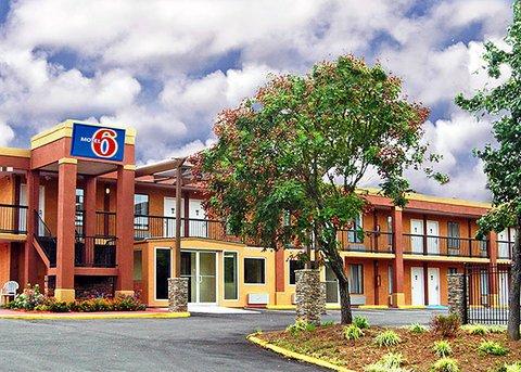 фото Motel 6 Atlanta-Northeast 488180260