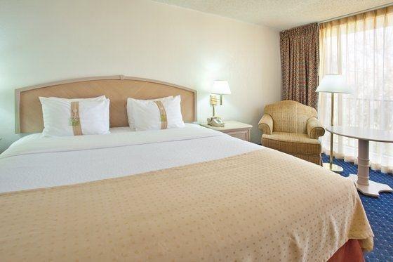 фото Holiday Inn Canyon De Chelly-Chinle 488180298