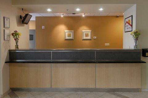 фото Red Roof Inn & Suites Corpus Christi 488183655