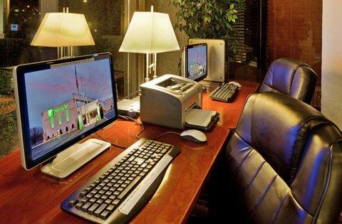 фото Holiday Inn Alton 488183911