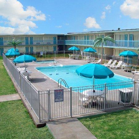 фото Ridge Crest Plaza Inn and Suites 488186231