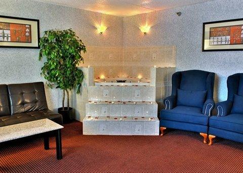 фото Quality Inn & Suites North Gibsonia 488186608