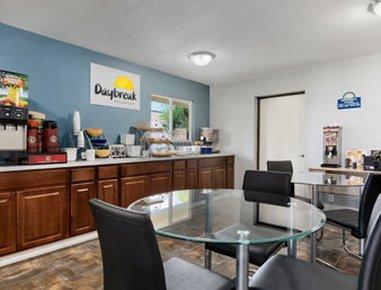 фото Days Inn San Diego Chula Vista South Bay 488187617