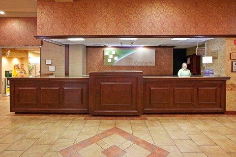 фото Holiday Inn Louisville-North 488189437